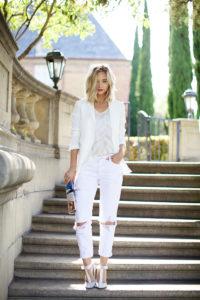 Топ 10 лучших белых  узких женских джинсов