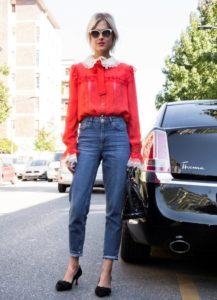 джинсы бойфрэнды с блузкой