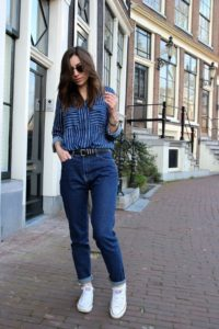 джинсы с кедами
