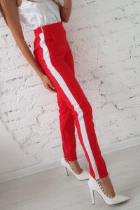 Женские спортивные штаны с лампасами:  стильные образы