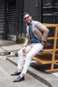 джинсы мужские с лоферами
