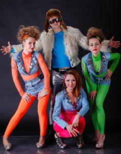 как одеться девушке для вечеринки в стиле 90 х