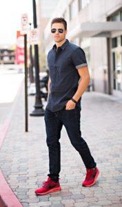 с чем носить черные мужские джинсы