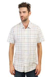 Мужская рубашка в клетку: стильные образы и актуальные цвета