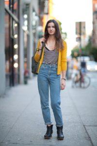 На какую фигуру подходят джинсы мом