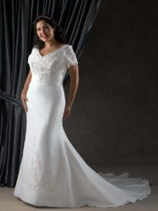 подходит ли полной невесте платье годе