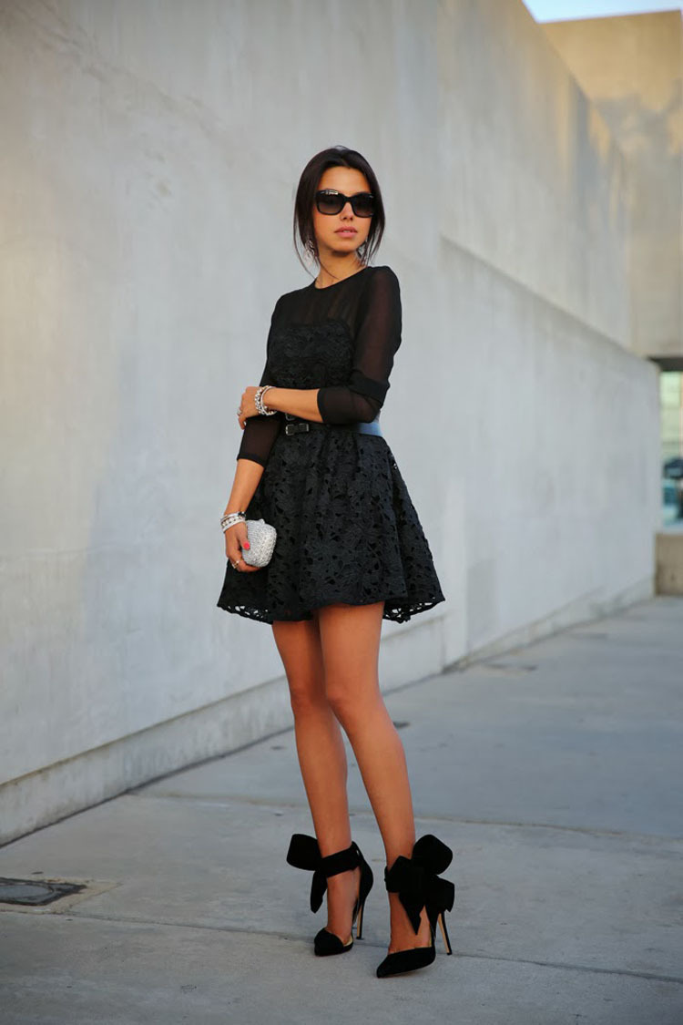 Черные Туфли На Каблуке И Платье