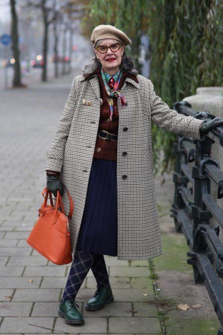 какую одежду носить женщинам 50 лет
