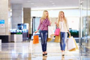 шоппинг в торговом центре