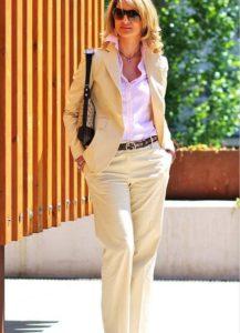 Классический стиль для женщины 40 лет