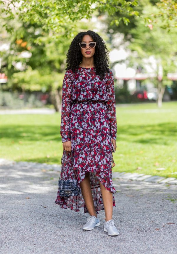 известно, что с чем носить платье в цветочек фото время