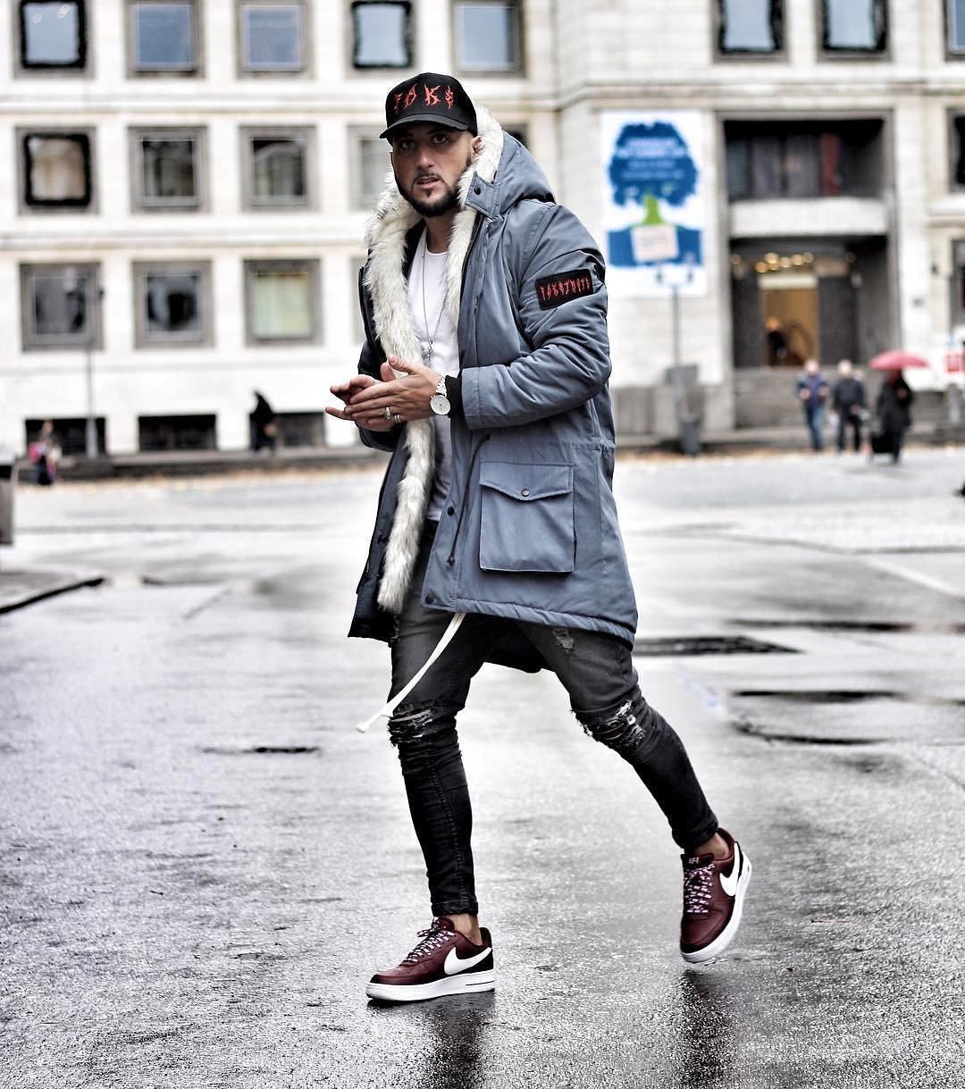 фото обувь на ноги к пальто мужская спортивной одежде