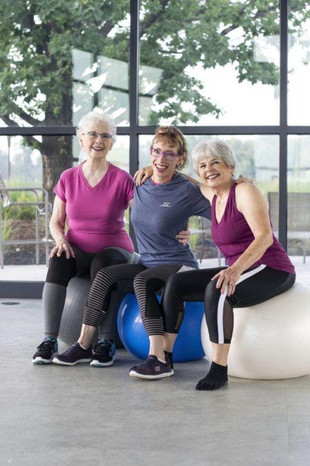 Спортивная одежда для женщин 50 лет