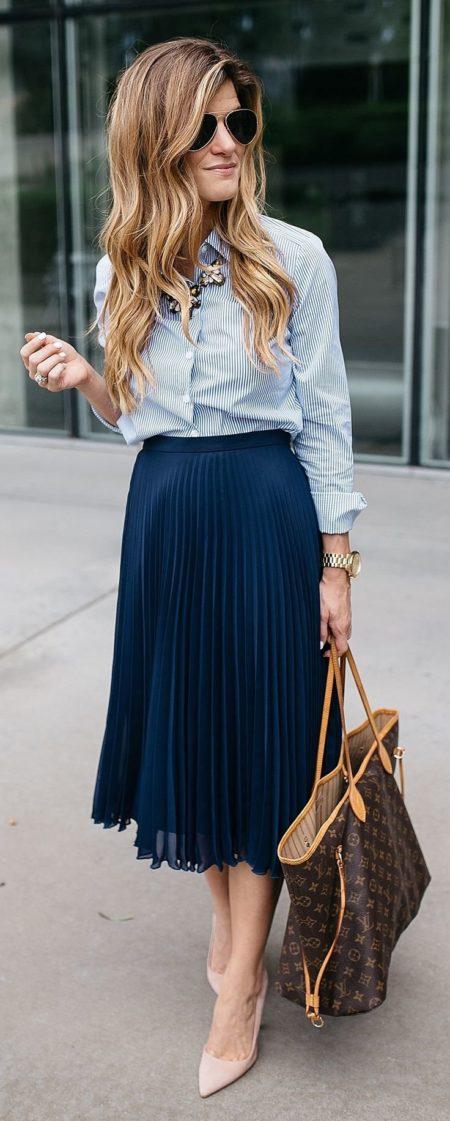 С чем надеть плиссированную юбку: советы по стилю