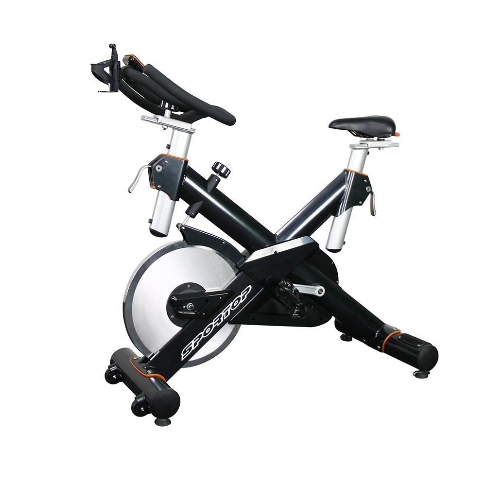 Лучшие велотренажеры для фитнес зала