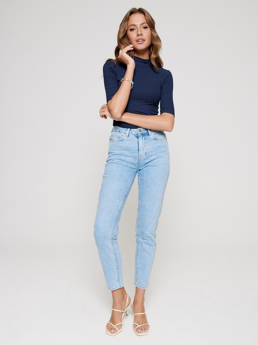 Лучшие короткие женские джинсы до щиколотки