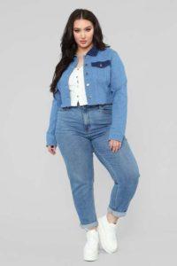 Топ 10  женских джинсовых курток больших размеров