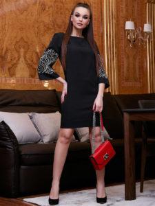 Лучшие платья с вышивкой