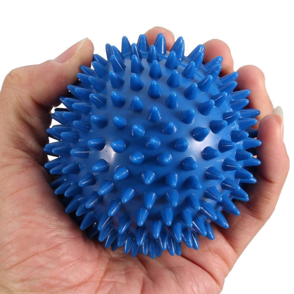 Топ лучших массажных мячиков с шипами