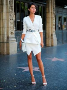 Лучшие женские  платья-костюмы