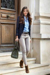 Модные идеи одежды с серыми женскими джинсами
